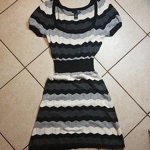 Sexy 🖤 Zig Zag Knit Dress